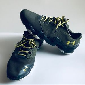 Under Armour Lightweight Olive Army Green Sneaker